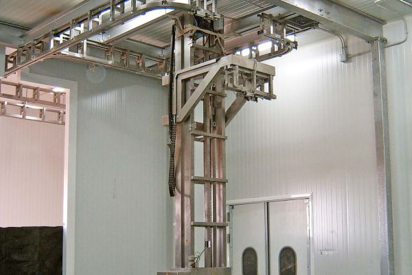 Fábrica de jamones, estructura en celosía