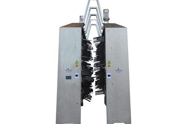 flageladora-limpiadora5D17F61B-7508-3186-5FE3-49D26CD7340B.jpg