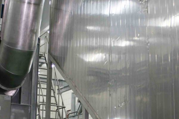 3-escalde-vertical70EBB7BE-6DD0-B7C6-2EF9-0C3F7312D2E3.jpg