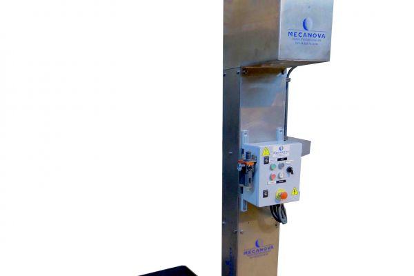 elevador-carro-cutter-lado28741408-9F71-0D8F-B1E9-1806F420C317.jpg